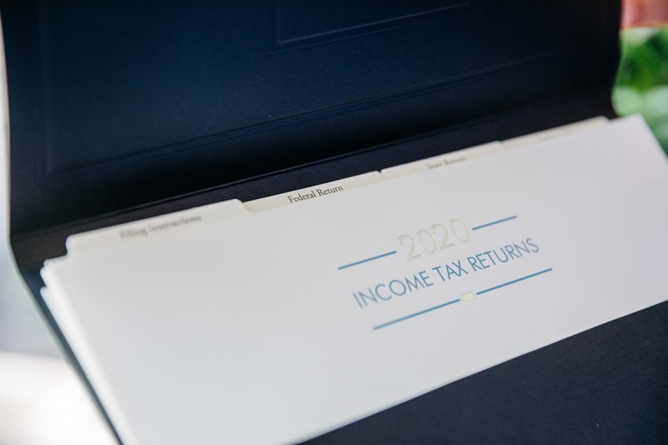 Tax return presentation folders portfolio
